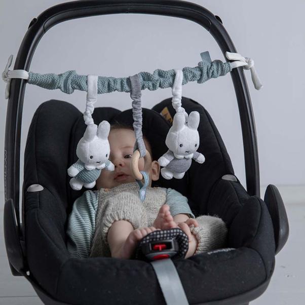 Παιχνίδι - γιρλάντα καροτσιού και καθίσματος αυτοκινήτου Μiffy mint