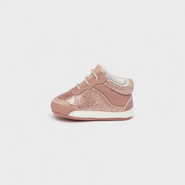 Παπούτσια αγκαλιάς αθλητικά ροζ Mayoral 9458-81